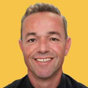 Dennis Captein